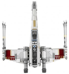 LEGO-10240-Star-Wars-Ultimate-Collectors-Series-Red-Five-X-Wing2