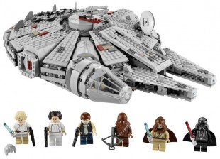 LEGO-7965-Star-Wars-Millenium-Falcon