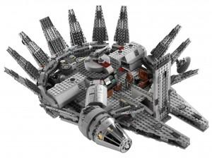 LEGO-7965-Star-Wars-Millenium-Falcon2