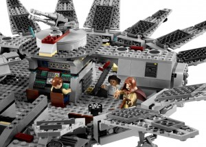 LEGO-7965-Star-Wars-Millenium-Falcon3