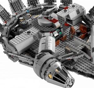 LEGO-7965-Star-Wars-Millenium-Falcon4