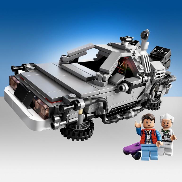 """LEGO 21103 - Macchina del tempo DeLorean da """"Ritorno al Futuro"""""""
