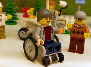 lego sedia rotelle 2 - promobricks-kNgF-U43150281207218n2F-593x443@Corriere-Web-Sezioni